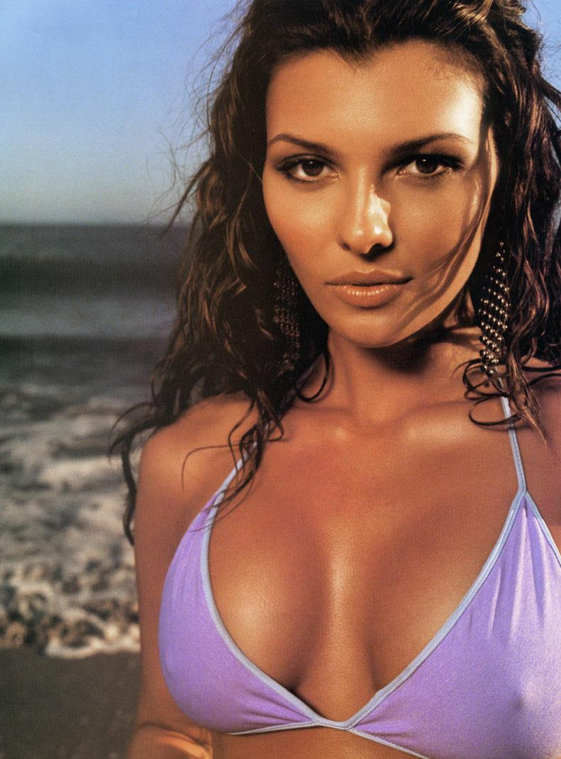 Ali Landry Hot and Sexy Photos | The Wallpapers World: http://the-wallpapers-world.blogspot.com/2012/10/ali-landry-hot-and-sexy-photos.html#!