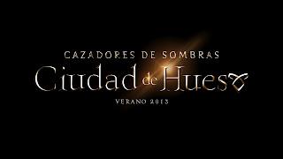 """Logo oficial de la película """"Cazadores de Sombras, Ciudad de Hueso"""""""