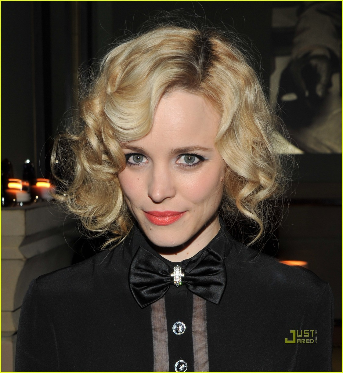 http://2.bp.blogspot.com/-lbX-mH-SZFY/T-nzclilyOI/AAAAAAAAACI/S9nOCJ1S48g/s1600/Rachel-McAdams-Midnight-in-Paris-After-Party-rachel-mcadams-22180973-1124-1222.jpg