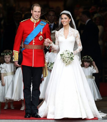 The Legal Heir Of United Kingdoms Throne Prince William Arthur Phillip Louis Bound Agreementmarriage Vow With Catherine Kate Middleton