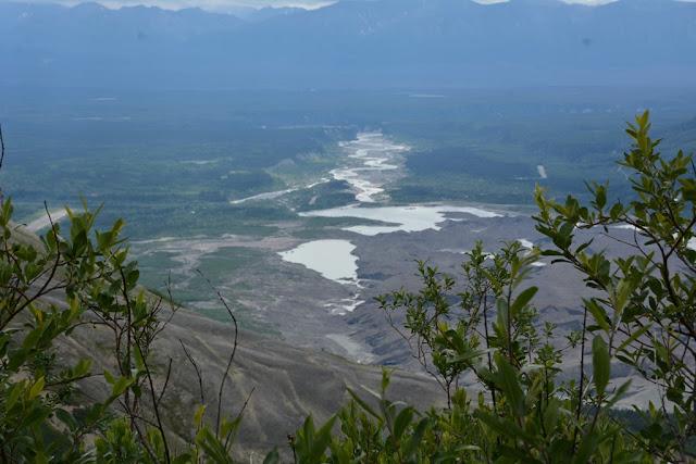 Bonanza Hike Kennicott river