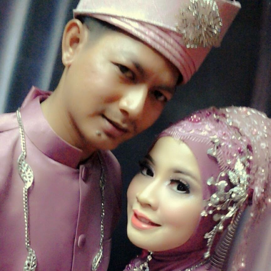 ni lak my abg lOng & his wife