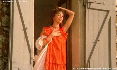 robe rouge l'été meurtrier