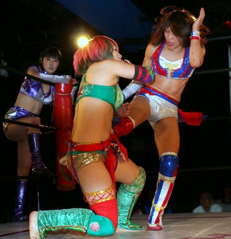 Kana-Syuri-Makoto-japanese ladies wrestling-women wrestlers