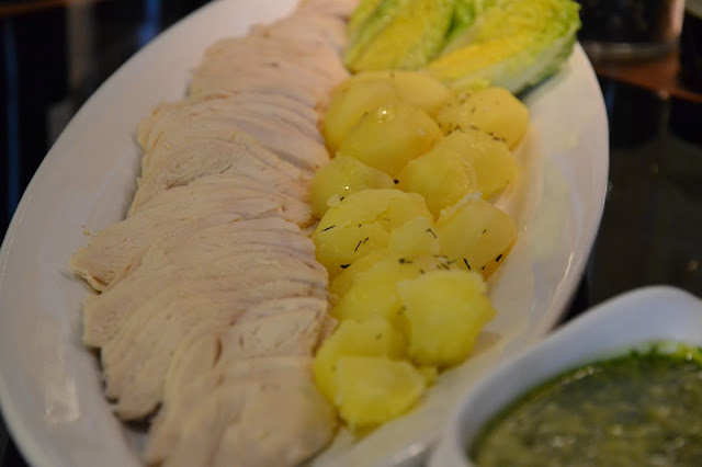 Pollo con salsa verde de verano