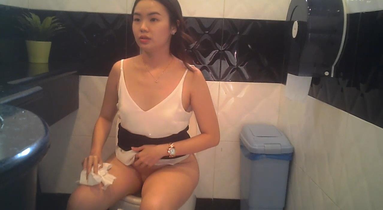Voyeur Zone: Singapore female toilet 11