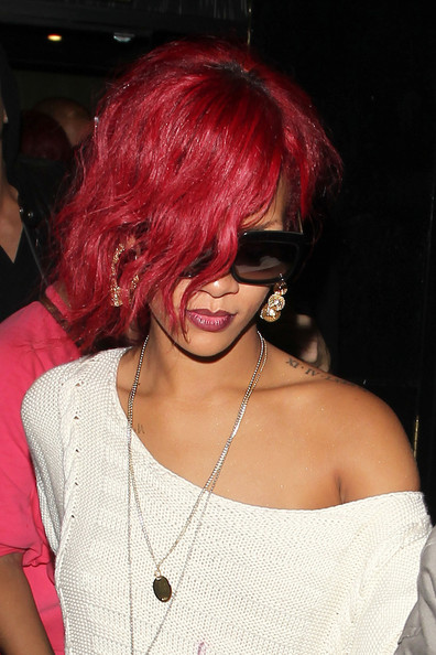 How To Style Rihanna Hair Famous Hothairstyles Hairstyle Celebrity WeddingCool Hairstyles New