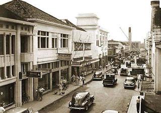 Tempat Wisata Di Bandung - Jalan Braga Bandung 5