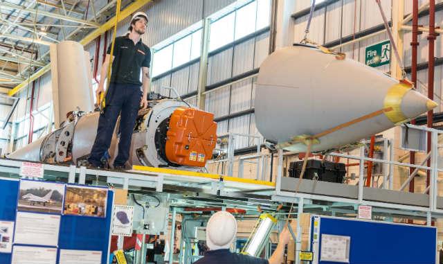 Radar AESA E-scan dá um passo em direção ao Typhoon