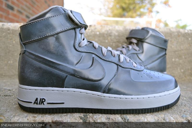 SNEAKER BISTRO - Streetwear Served w| Class: KICKS | Nike ...