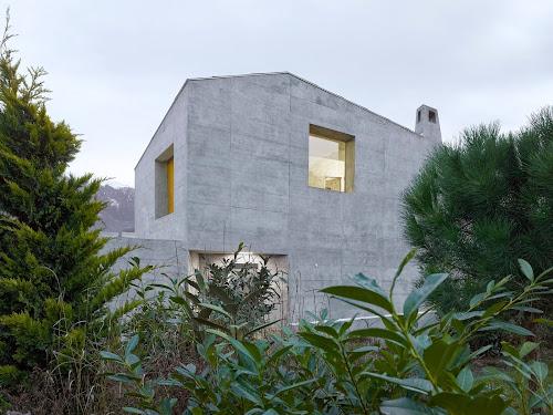 Maison Fabrizzi by Savioz Fabrizzi Architectes