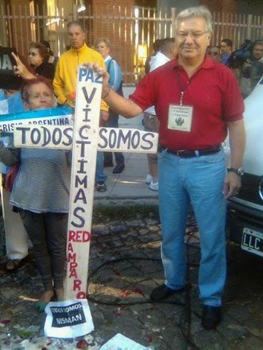 Juan Anibal Gómez, presente con Red Amparo, Velorio Fiscal Nisman