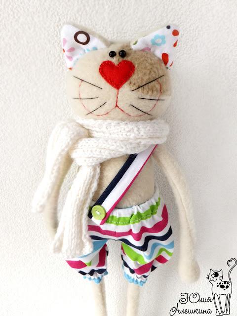 Кот хулиган Лёха - вот такой он