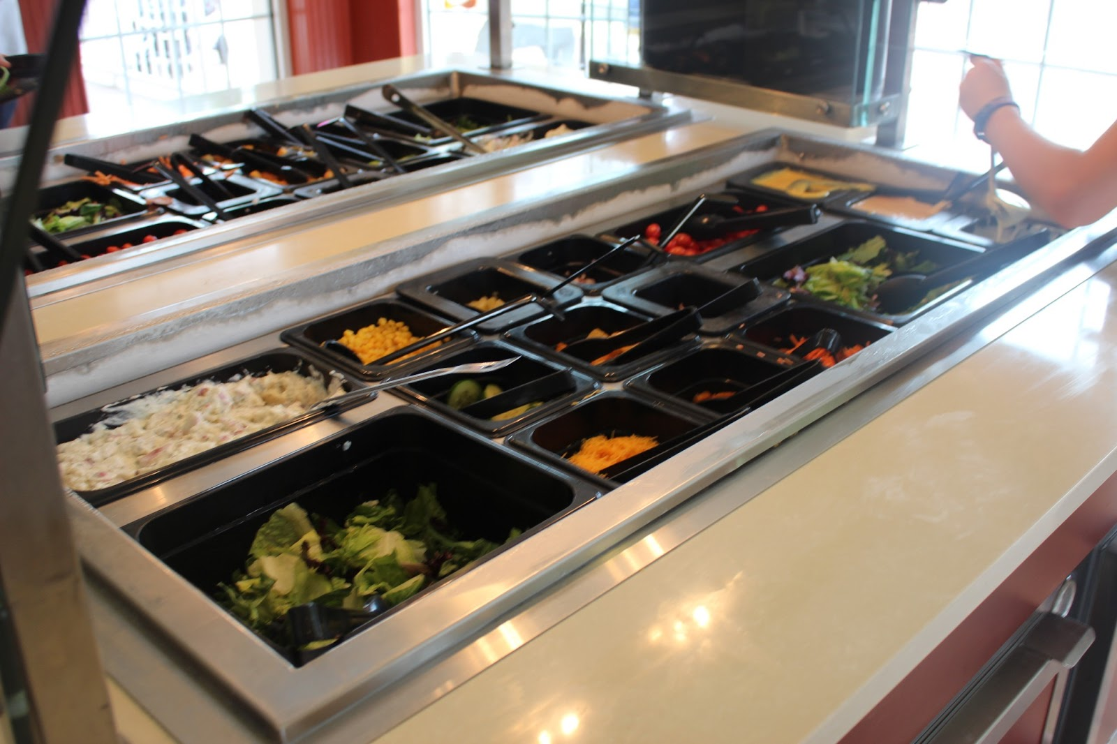 The right on mom vegan mom blog legoland florida for a for Q kitchen pasta buffet
