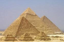 Pirâmides: Túmulos de Faraós