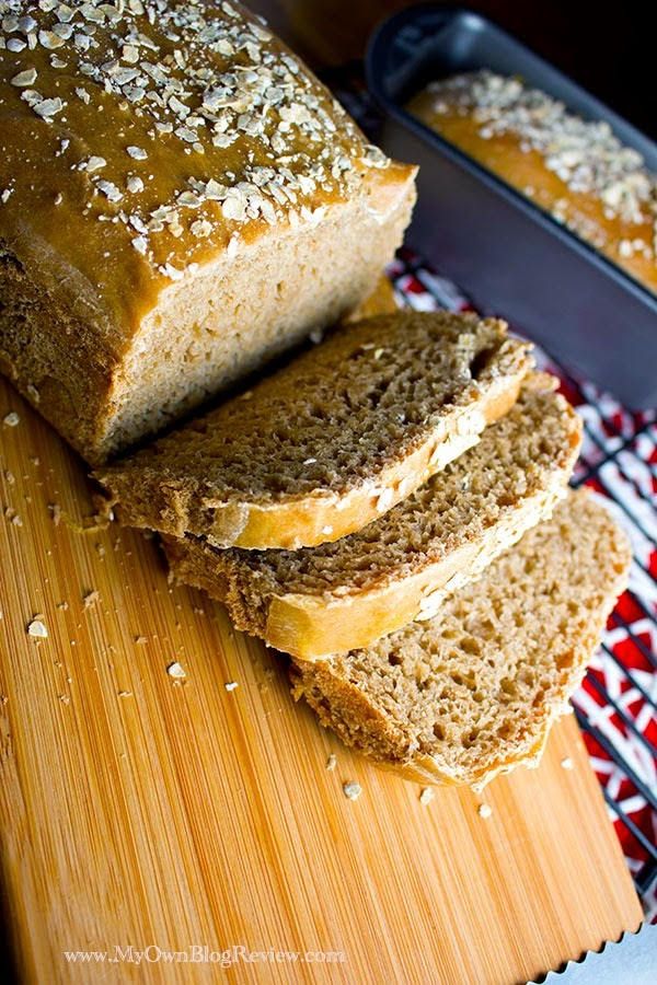 Copycat Cheesecake Factory Bread. This honey wheat bread is so dense and delicious, just like the kind you love from Cheesecake, just without the extra caramel coloring ~ www.MyOwnBlogReview.com