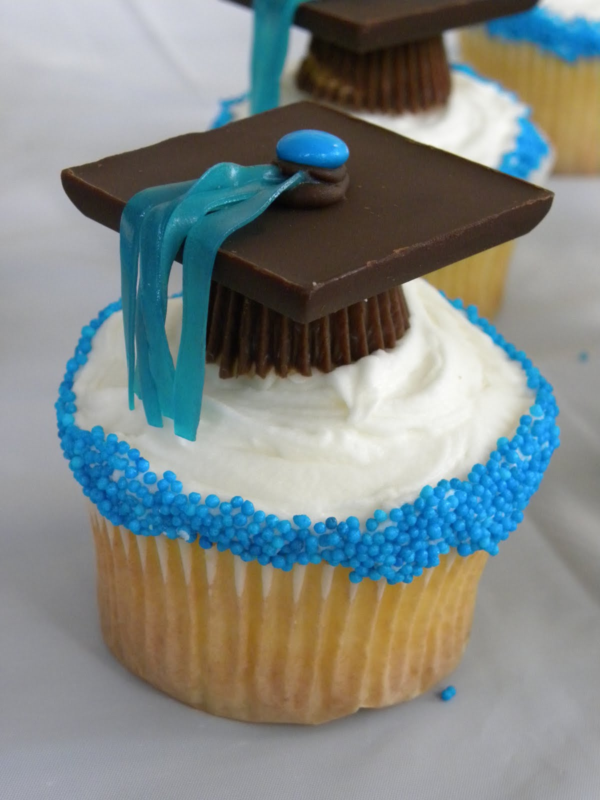 Graduation decorations, Graduation ideas and Graduation on ...