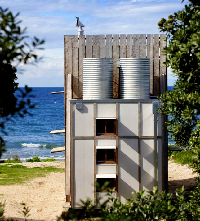 Small House On The Beach: The Flying Tortoise: Tiny Movable New Zealand Beach House