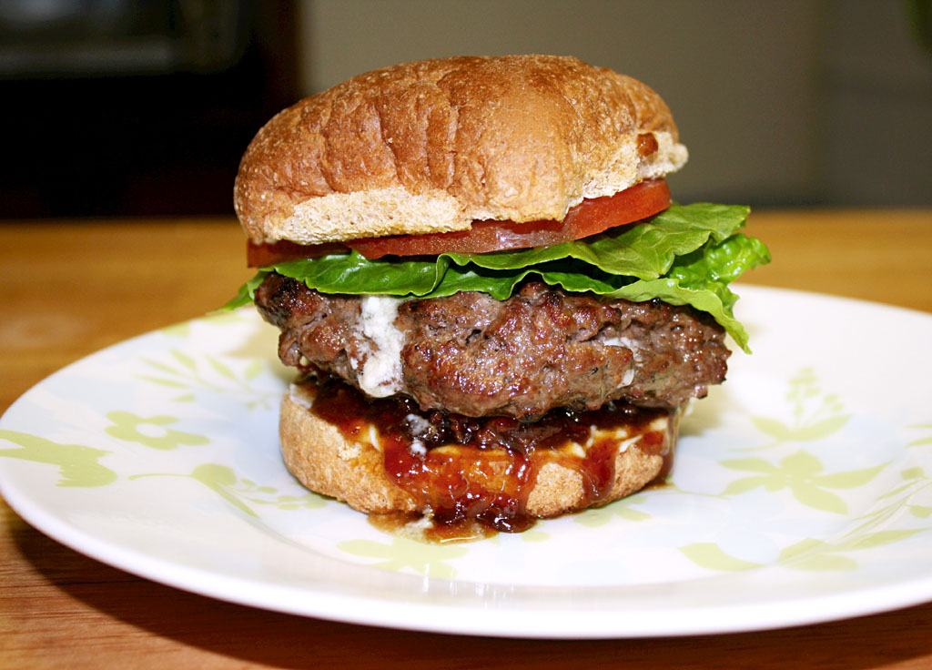 Food-Vangelist: Blue Cheese Burgers with Bacon Jam