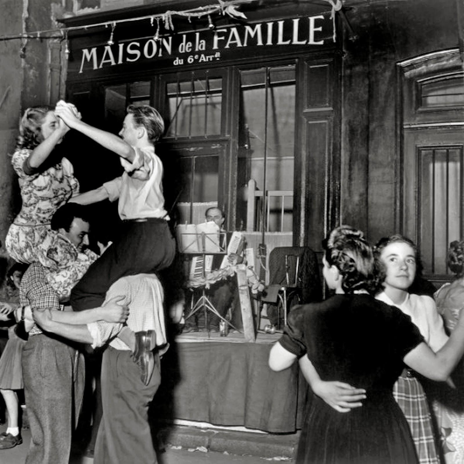 History in photos robert doisneau - Magasin maison de famille ...