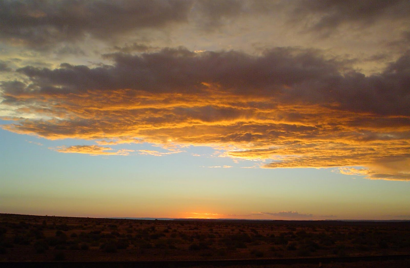 Sunsets in Namibia - www.namibweb.com