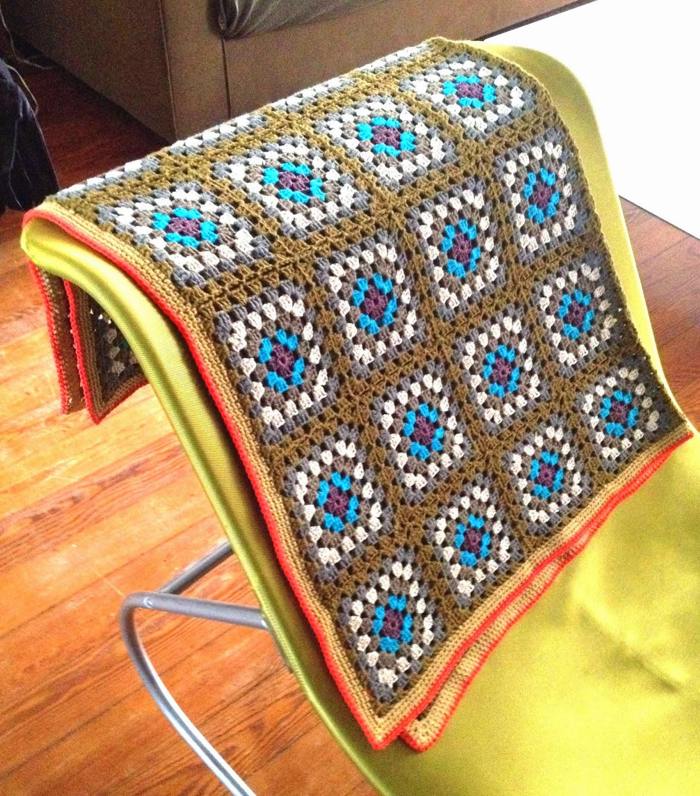 Plaid au crochet Granny Square Coton et lin DROPS