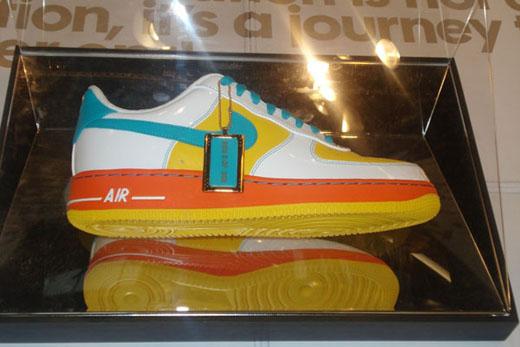 4ba9ced5ff3e Jordan News and Nike  nike air force one returns to nike id