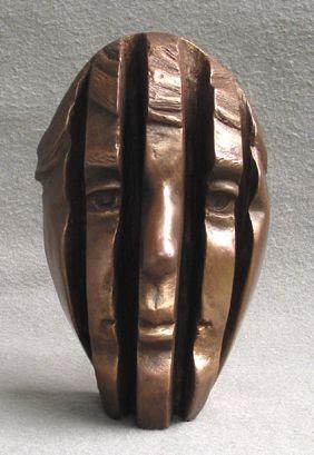 Michael Alfano esculturas de corpos rostos surreais bronze cobre Metade