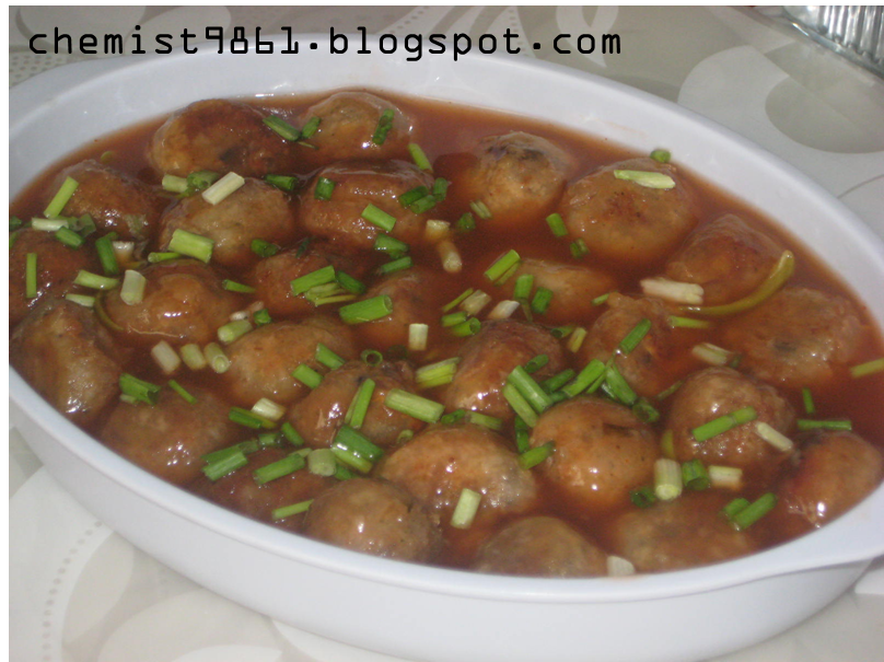 Kitchen Adventures: Fish Balls in Sweet and Sour Sauce