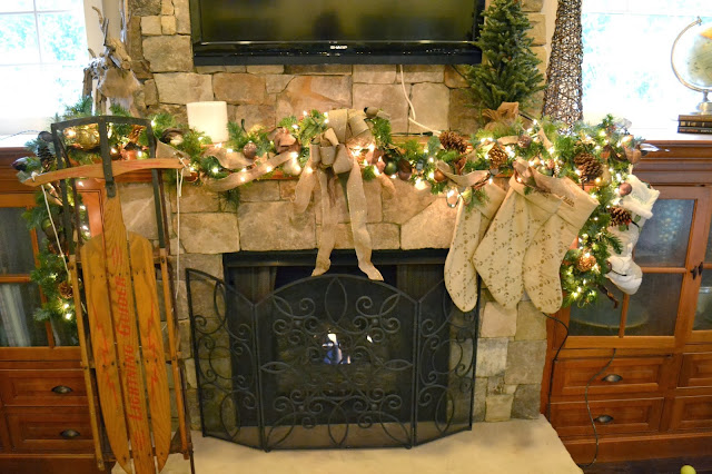 fireplace-mantle-garland-pottery-barn-kids-stockings