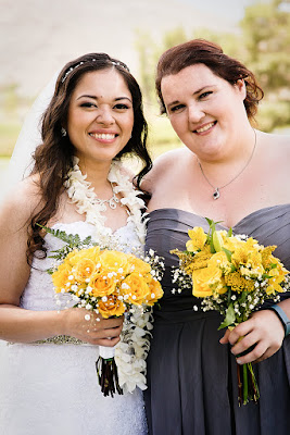 Bright yellow wedding bouquets l Lauren Lindley Photography l Hidden Valley Country Club l Take the Cake Event Planning