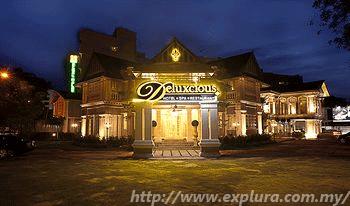Deluxcious Heritage Hotel