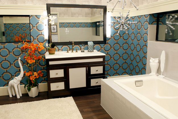 Bathroom Mirror Not Centered roomations: reality tv homes: real style or really tacky?