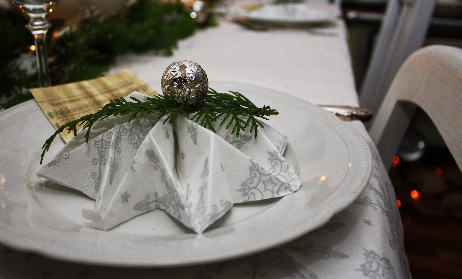 feuersonnenblume frohe weihnachten und dank an euch. Black Bedroom Furniture Sets. Home Design Ideas