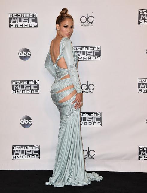 Jennifer Lopez AMAs 2015