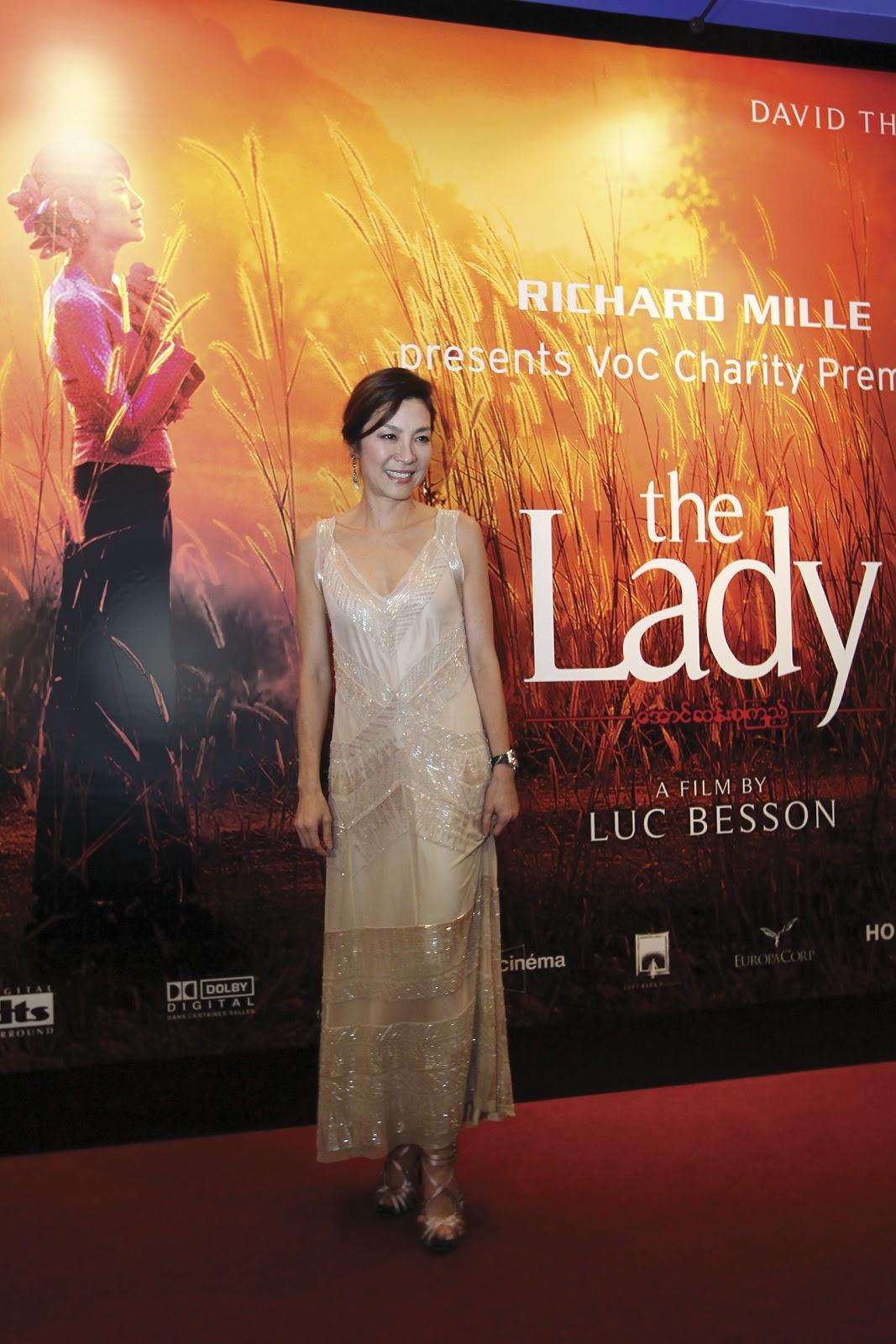 http://2.bp.blogspot.com/-lfz6jmDv8ec/T7ZQm-SwzAI/AAAAAAAAokw/zhifEL2eMXY/s1600/The_Lady_Charity_Movie_Premiere-Kuala_Lumpur-2012_(2).jpg