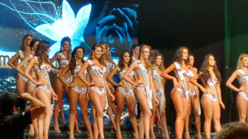 Concurso De Bikini