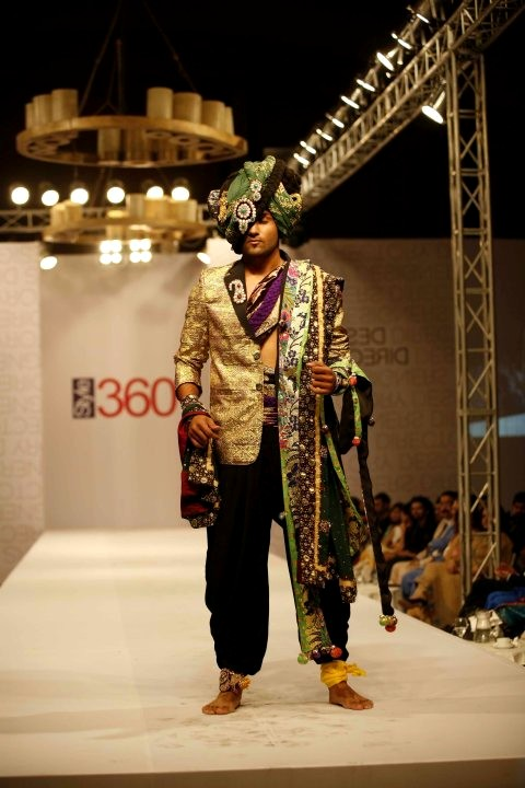 Ali Xeeshan Bridal Collection At Style360 Fashion Week 2011 Style360 Fashion Week Fashion