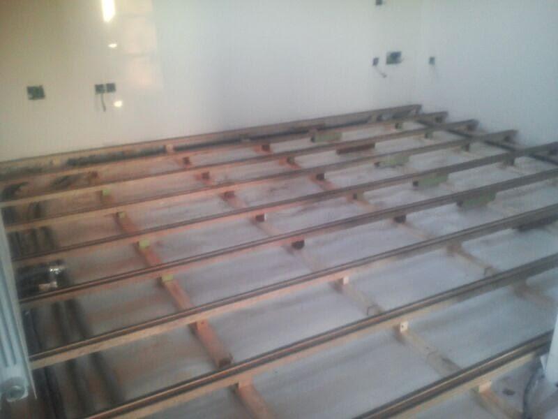 Colocar suelo de madera cmo instalar un suelo exterior - Como poner un suelo de madera ...