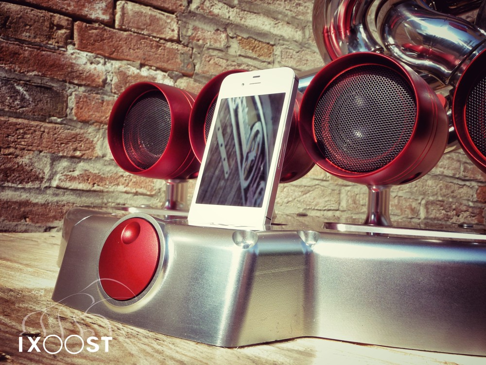 iXoost | iXoost audio system | iXoost for iPhone© |  iXoost for iPod© |  iXoost price |  iXoost specs | way2speed.com