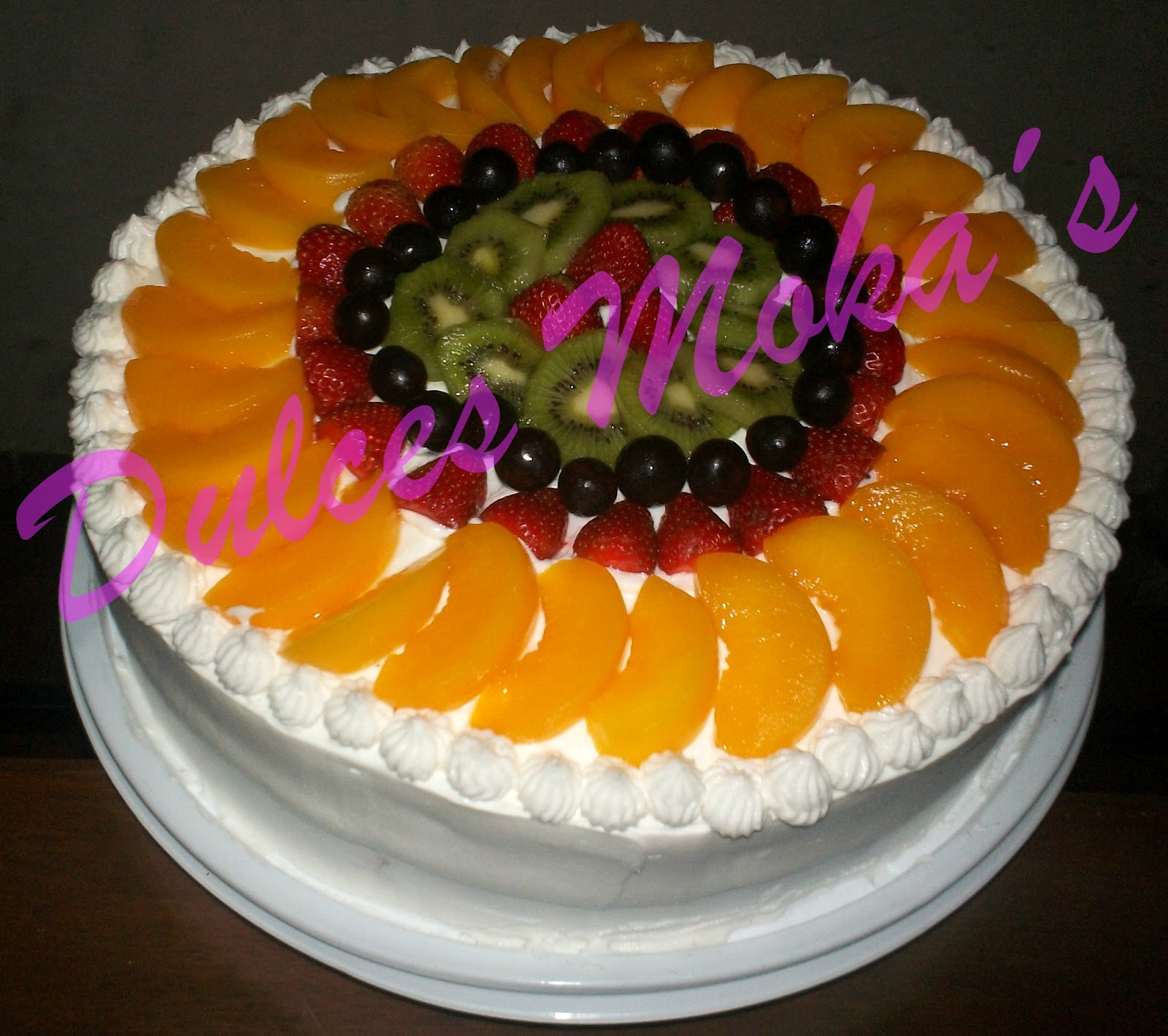 Top decoracion de pasteles con frutas images for pinterest - Decoracion de tortas ...