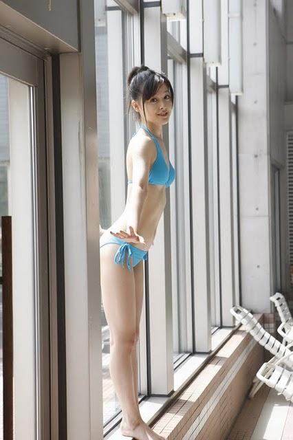 Singer Koharu Kusumi Photo Gallery