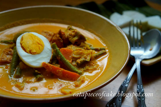 Piece of CakeSayur Lodeh (Curry Vegetables) and Lontong