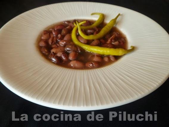 http://www.recetaspasoapaso.com/2014/02/alubias-negras-de-tolosa-o-no-con-sus.html