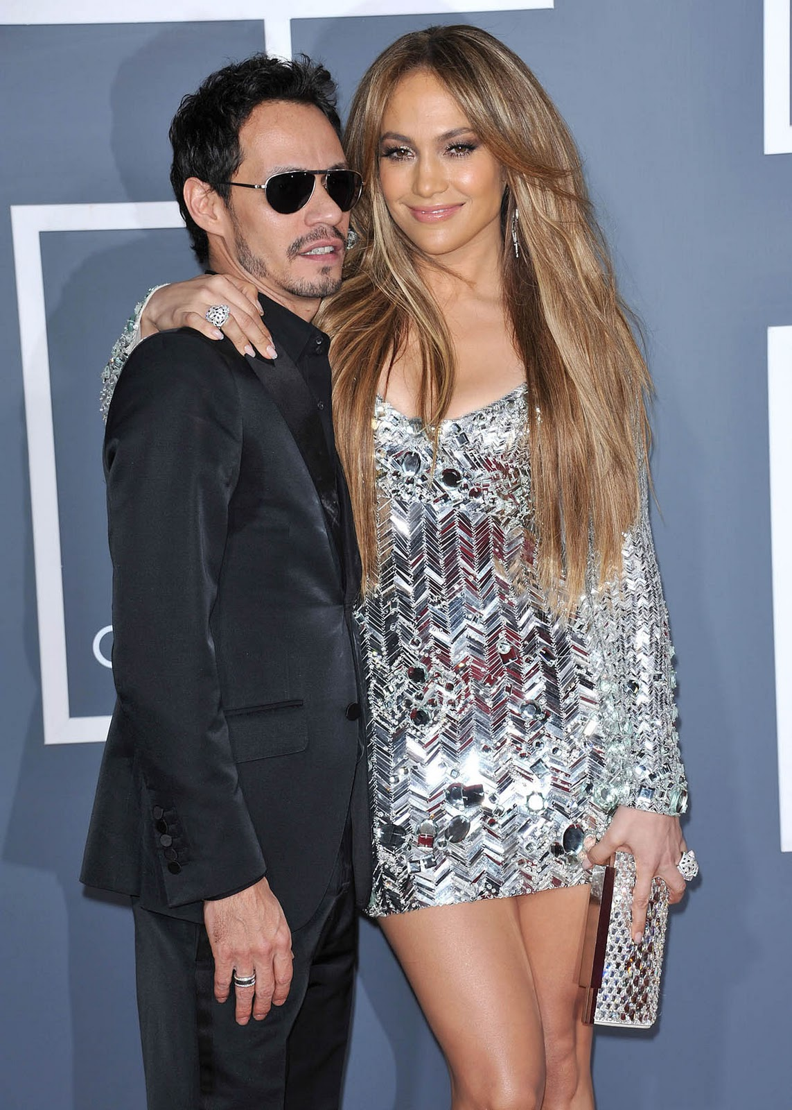 http://2.bp.blogspot.com/-lgqTrqIu5Go/TVoh0CC52GI/AAAAAAAAGlQ/5CQE3x2eLDo/s1600/jennifer_lopez_grammy_dress_6.jpg