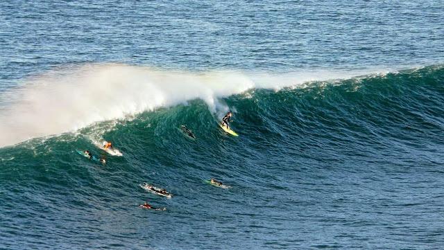 surfing menakoz 14