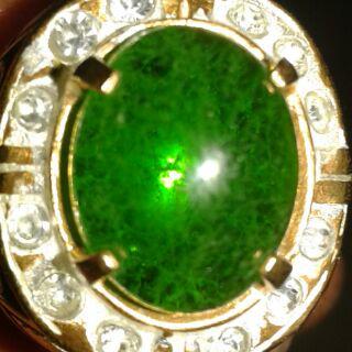 aura dibalik batu garut hijau