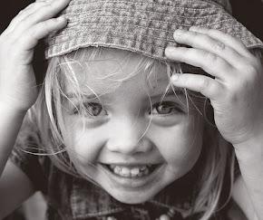 Sonrie, vale la pena ser feliz.