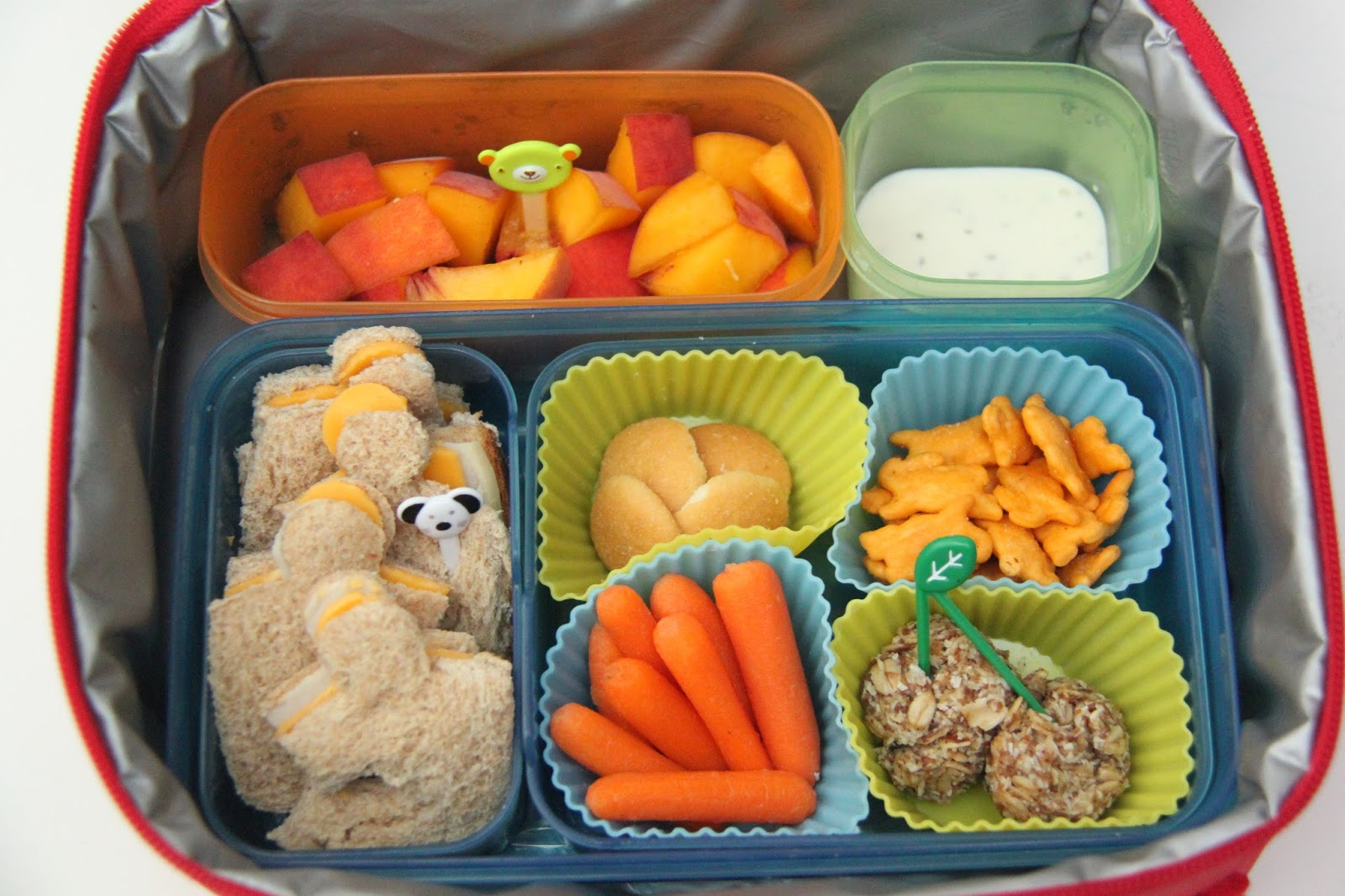 bento lunch ideas week 1 smashed peas and carrots bloglovin. Black Bedroom Furniture Sets. Home Design Ideas