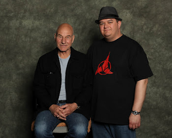 Chrisloc1701 meeting Sir Patrick Stewart